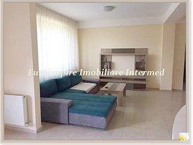 Casa de închiriat 5 camere, în Ovidiu, zona Central