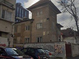 Casa de vânzare 15 camere, în Bucureşti, zona Domenii