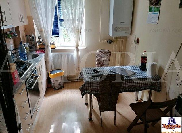 Apartament 3 camere Costesti - imaginea 1