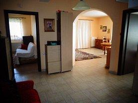 Casa de vânzare sau de închiriat 4 camere, în Pitesti, zona Gavana 3