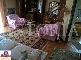 Casa de vânzare 3 camere, în Piteşti, zona Rolast
