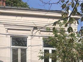 Casa de vânzare 4 camere, în Bucureşti, zona Rosetti