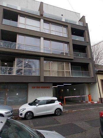 Calea Calarasi, spatiu birou 65mpu+ terasa in bloc 2016 - imaginea 1
