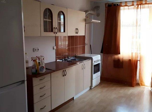 Apartament cu 3 camere semidecomandat de inchiriat zona Interex - imaginea 1