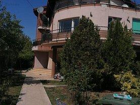 Casa de vânzare 8 camere, în Tunari