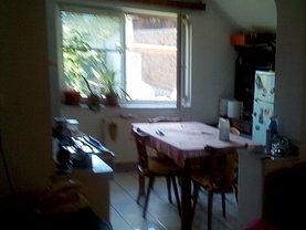 Casa de închiriat 3 camere, în Brasov, zona Florilor