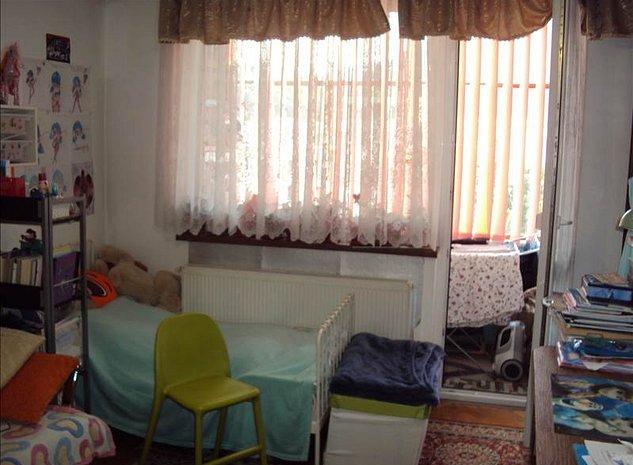 Apartament 2 camere decomandat, Grivitei, Brasov - imaginea 1