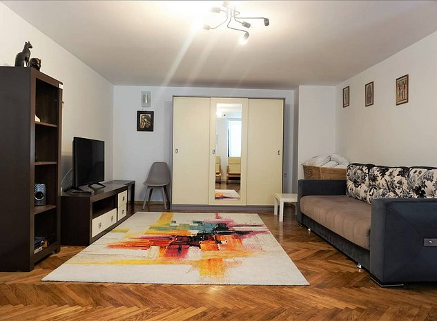Apartament 2 camere, Teatrul Dramatic, Brasov - imaginea 1