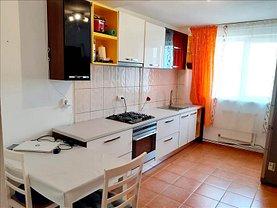 Apartament de vânzare 3 camere, în Braşov, zona Gemenii