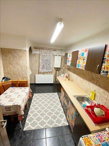 Apartament 3 camere, Tractorul - imaginea 1
