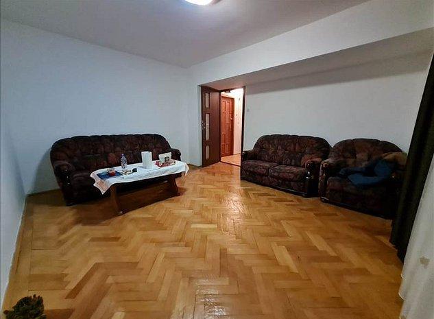 Apartament 2 camere Racadau, intermediar, Brasov - imaginea 1