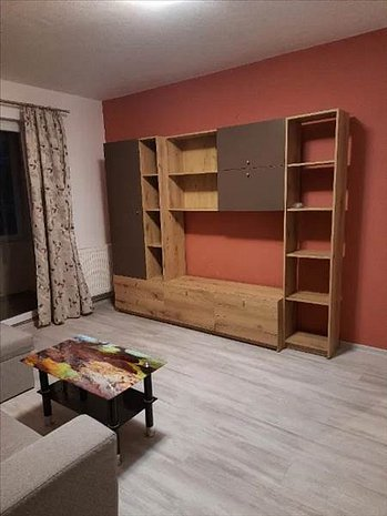 Apartament 3 camere, Grivitei, Brasov - imaginea 1