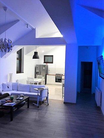 Apartament 3 camere, Dealul Cetatii, Brasov - imaginea 1