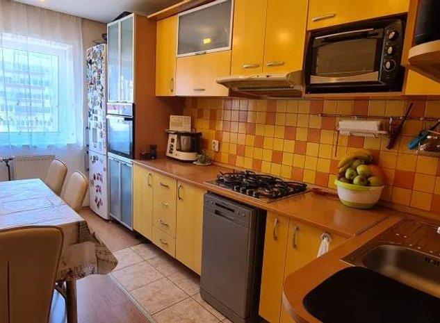 Apartament 3 camere Astra, decomandat - imaginea 1
