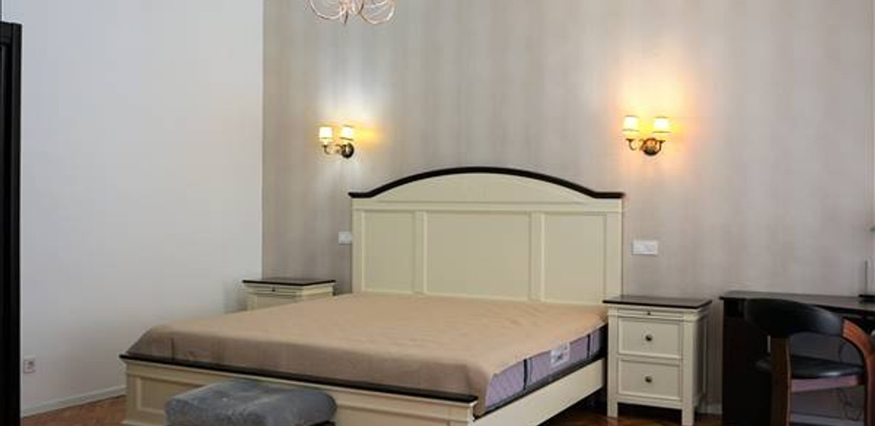 Apartament 2 camere, Piata Sfatului, Brasov - imaginea 1