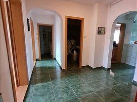 Apartament de vânzare 4 camere, în Braşov, zona Central