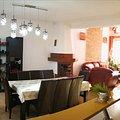 Casa de vânzare 8 camere, în Braşov, zona Florilor