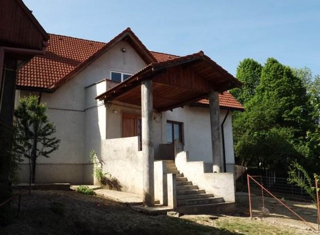 Casa Sacele, zona Baciu,Brasov - imaginea 1