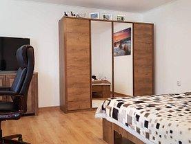 Casa de vânzare sau de închiriat 3 camere, în Săcele, zona Cernatu