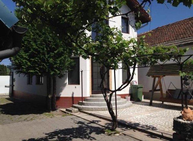 Casa cu livada, Sanpetru - imaginea 1