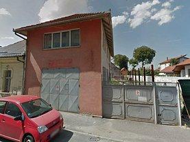 Casa de vânzare sau de închiriat 4 camere, în Braşov, zona Central