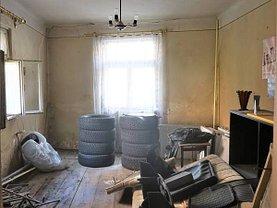 Casa de vânzare 4 camere, în Braşov, zona Central