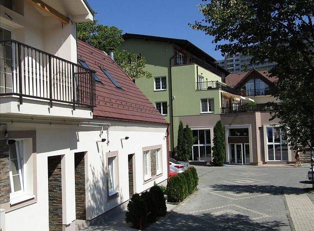 Spatiu comercial zona centrala, Brasov - imaginea 1