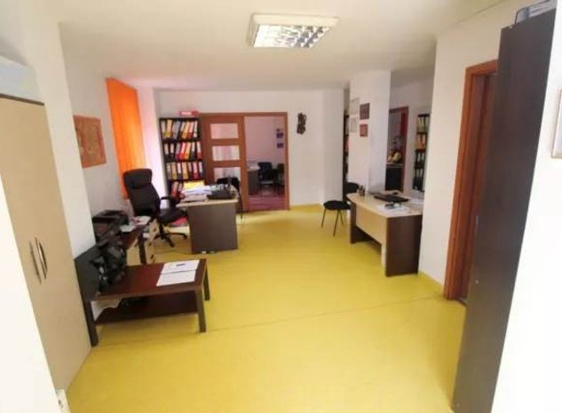 Vanzare spatiu birouri Centrul Civic, Brasov - imaginea 1