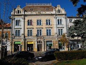 Apartament de vânzare 4 camere în Cluj-Napoca, P-ta Mihai Viteazul