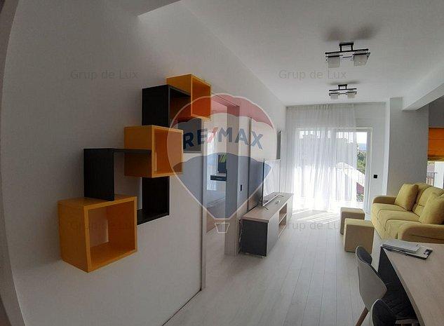 Apartament  2 camere modern  ultrafinisat loc de parcare - imaginea 1