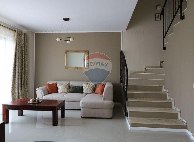 Casa insiruita, cu teren de 280 mp, str. Regina Maria - imaginea 1