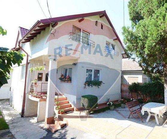 Hotel / Pensiune cu 11 camere de vanzare in zona Dambul Rotund - imaginea 1