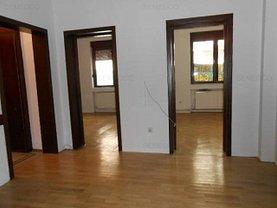 Apartament de vânzare 4 camere, în Bucuresti, zona Rosetti