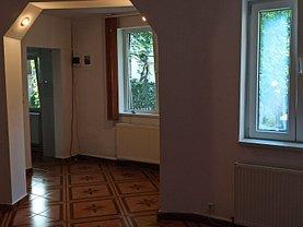 Casa de închiriat 3 camere, în Bucureşti, zona Aviatorilor