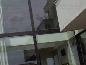 Casa de vânzare sau de închiriat 9 camere, în Arad, zona Micălaca
