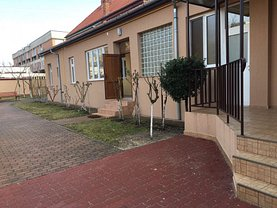 Casa de închiriat 4 camere, în Arad, zona Central