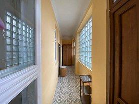 Casa de închiriat 2 camere, în Arad, zona Central