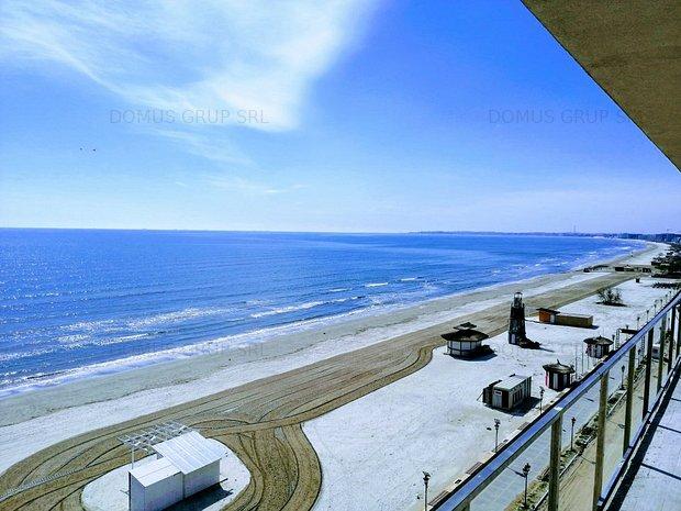 Mamaia  Prima linie la plaja  Vedere frontala la mare  - imaginea 1