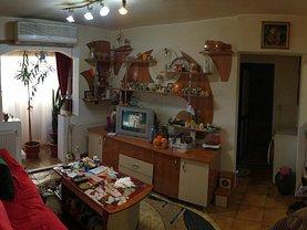 Apartament de vânzare 4 camere, în Constanta, zona CET