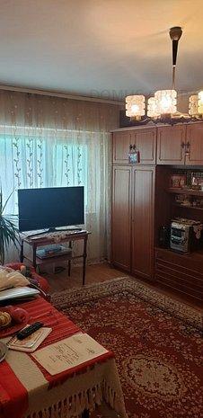 Casa de Cultura- 3 camere - imaginea 1