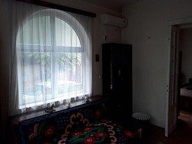 Casa de vânzare 6 camere, în Bucuresti, zona Mitropolie