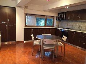 Apartament de vânzare 4 camere, în Bucuresti, zona Damaroaia