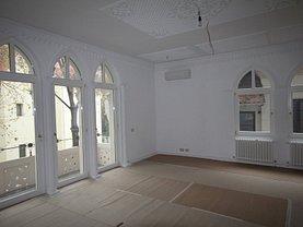 Casa de închiriat 13 camere, în Bucuresti, zona Aviatorilor