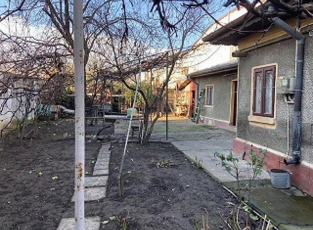 Casa Sos Chitilei-Pod Constanta - imaginea 1