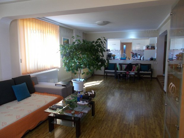 Baneasa-Sisesti,vila p+1,curte,5 camere,utilitati,finalizata,intabulare,237000€ - imaginea 2
