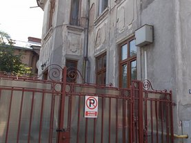 Casa de vânzare 10 camere, în Bucureşti, zona Foişorul de Foc