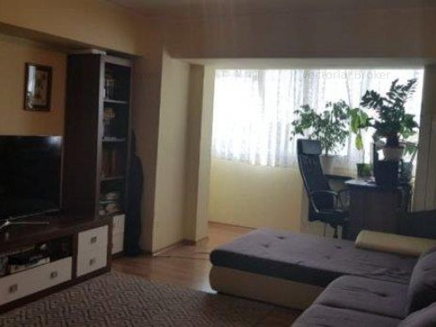 Apartament 3 camere Tei - Domino, partial mobilat si utilat - imaginea 1