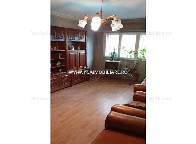 Apartament 4 camere Basarabia - imaginea 1