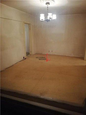 Vanzare apartament 2 camere  Pantelimon Mega Mall - imaginea 1