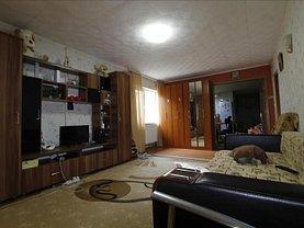 Casa de vânzare 3 camere, în Pantelimon, zona Pantelimon
